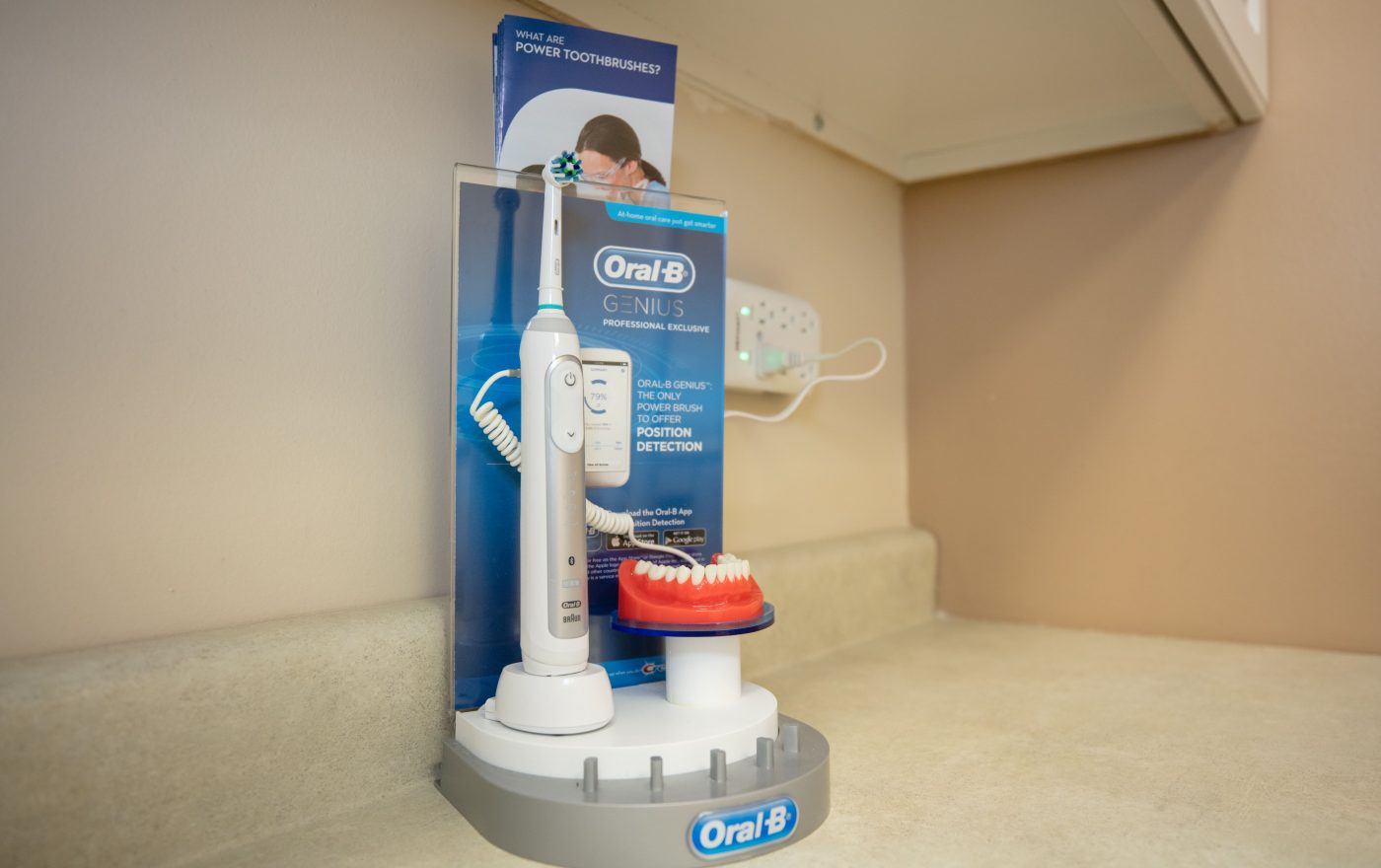 oral b genius profesional exclusive teeth brush